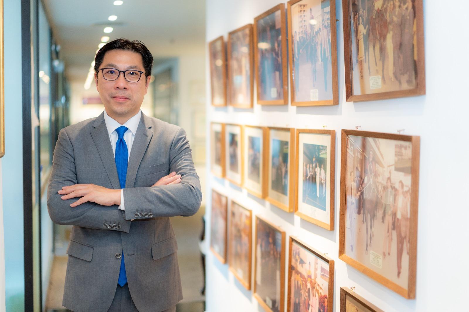 Chairman-photo2.2